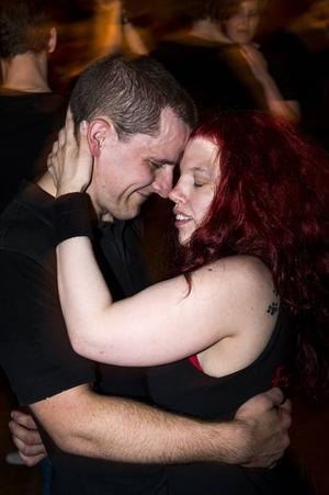 Jim Karlsson från Umeå och Erika Jonsson från Sundsvall dansade tillsammans på maran för ett år sedan. I lördags hittade de varandra igen.