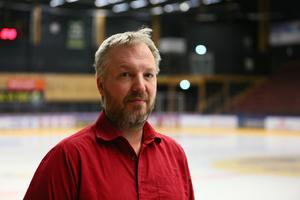 Rickard Hallström.
