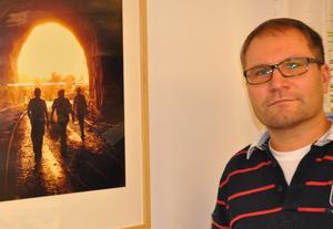 Frans Göransson arbetar på ett jämställt flöretag som hamnat i skuggan av ABB när han letar efter nya kollegor