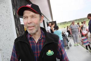 Bonden Per Andersson är en av ägarna i familjeföretaget Fiskeby lantbruk.