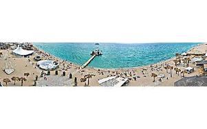 Festivalområdet i Kazantip ligger vacket vid Svarta havet.