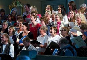 80 sångare hade samlats i Sunne kyrka på söndagen.Foto: Håkan Luthman