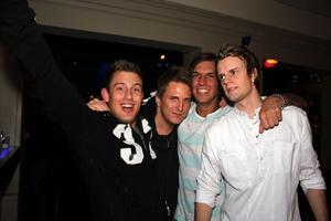 Blue Moon Bar. Lars, Kim Zzi, Daniel och Mattias