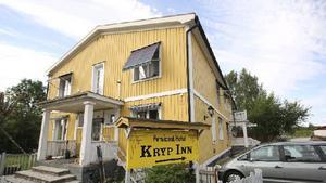 Pensionat Kryp Inn i Norberg blev nyligen utsatt för bedragare.