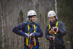 Zipline-banan bakom Dennis och Anders Malmberg är 500 meter lång.