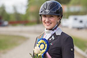 Cecilia Bergåkra från Vallsta ska delta i Young Breeders-VM i Kanada i slutet av juli.
