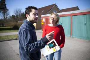 Under letandet passade Narek Yeranosyan på att fråga Lotta Söderström som bor på Brisgatan i Andersberg om hon sett någonting.