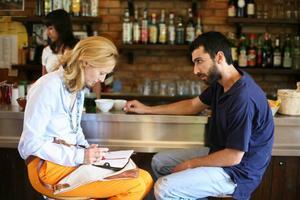 Passionerat. Edoardo Gabbriellini spelar Antonio som väcker passionen till liv inom Emma (Tilda Swinton).