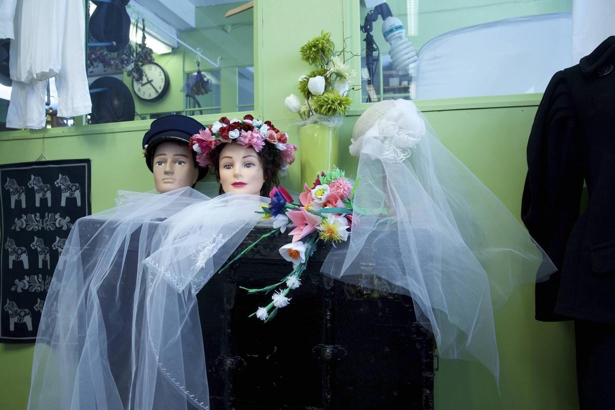 9c5f9e35c410 Riktigt bröllop inviger ny utställning