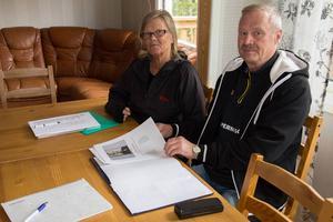 En ny jubileumsskrift har sammanställts inför Ljunga IF:s 100-årsfirande. Ingrid Hammarberg och nuvarande ordföranden Roy B.Olsson är två eldsjälar, som lagt ner massor av jobb inför festligheterna på Ljungalid.