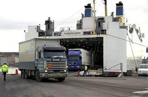 En ny färjelinje är på gång i det nya EU-projektet. Den ska ersätta den numera nedlagda linjen mellan Härnösand och Vasa som trafikerades av Transparaden.