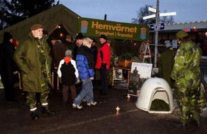 Hemvärnet deltog för åttonde året i rad när skyltsöndagen arrangerades i Sörberge. Ett tält som var mycket välbesökt av ung som gammal.