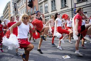 Stockholm Pride. I dag finns könsneutrala äktenskap eller partnerskap i större delen av Europa och Latinamerika. Pridefestivalen är en festlighet bland andra.