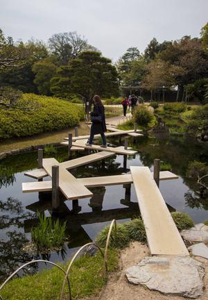 Japanska trädgårdar är en upplevelse – som denna berömda i Okayama.