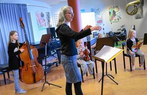 Kulturskolan i Hällefors har i många år hamnat i topp i Lärarförbundets ranking över landets musik- och kulturskolor. Så även i år. Kulturskolan i Hällefors är rankad bäst i länet och kommer på plats 9 i landet.