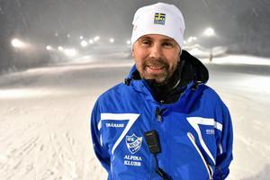 Mattias Frost, vice-ordförande och kassör, ser fram emot att öppna backen på lördag för allmänheten.