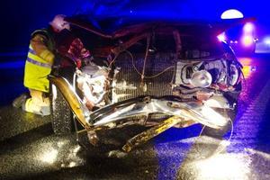 En person skadade svårt i olyckan på E4.