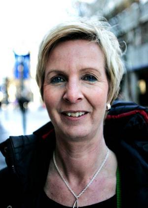 Birgitta Flood,  medelålders, Frös-ön:– Ja, faktiskt. Cervera bjöd på våfflor.