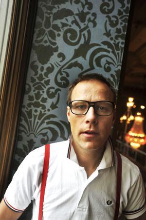 Göran Hugo Olsson har satt samman ett unikt arkivmaterial av filmbilder.