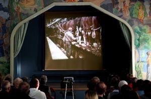 Den andra filmen är gjord på 70-talet och visar bland annat upp det lokala jordbruket. BILD: SAMUEL BORG