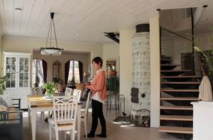 Färnaparet satsade på öppna ytor och rymd när de planerade hemmet.