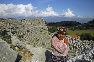 FÅ HITTAR HIT. Till Selge, med sin antika teater, hittar i dag få besökare – synd för här är så vackert.
