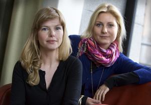 Tillsammans. Anna Björk och Molly Hartleb (regissör) har arbetat tillsammans med skildringen av familjen med mörka hemligheter.