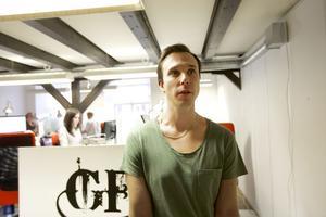Vd Jonas grenfeldt vid Gfd Webbyrå i Falun har infört ett system där den som tar mycket rast får mer ledighet.
