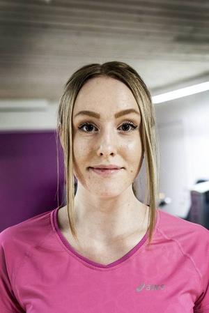 Asta Persson, 16 år, Dvärsätt:– Jag skulle aldrig tänka mig att hålla på med det. Ska man träna och tävla tycker jag man ska göra det på riktigt och inte fuska som dopning är och man förstör bara sin kropp.