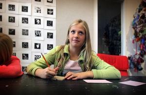 – Det har varit jätteroligt, säger Sofia Nilsson om övningarna. Foto: Staffan Björklund