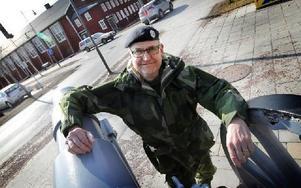 Hemvärnet i Dalarna är det enda som i dag har en granatkastarpluton, säger Mikael Lundin Chef på Dalaregementsgruppen. Foto: Staffan Björklund