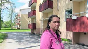 Mona Byström har just flyttat till den akutuella gården där polisen nu misstänker att ett mord eller ett dråp har begåtts.