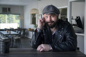 Erik Brodén är en av artisterna som står på Kulturhusets scen.