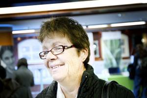 """Jobba med händerna. """"Helst vill jag göra något helt annat, gärna något där jag får jobba med händerna, röra mig och träffa folk"""", sa Annette Eriksson som jobbat som kontorist i många år."""