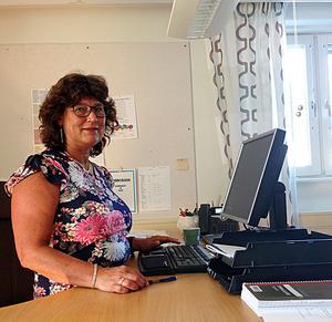 Skolchef Ulrika Hurdén är glad över att kommunen har förhållandesvis många behöriga lärare. Men orolig för en utveckling mot det sämre på den fronten om inget görs.
