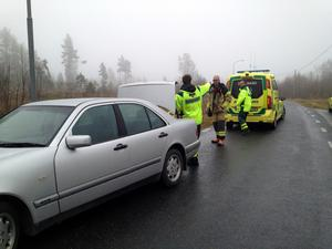 En kvinna avled efter att ha blivit påbackad av en bilist i Barsta.