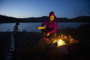 Att övernatta utomhus året runt är ett sätt att leva för Susanne Lind. Målet i år är att sova ute 50 nätter.