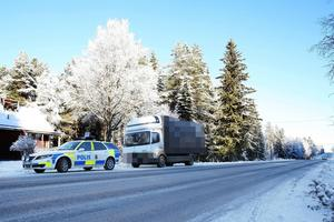Polisen stoppade en lastbil på E 45 mellan Kläppe och Lit.