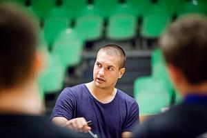 Daniel Ramsin har bidragit med en ny nivå av taktisk kunskap till laget efter hemkomsten från Täby och svenska superligan.