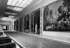 Interiör från Hermann Görings Carinhall utanför Berlin som han fyllde med stulen konst från hela Europa. Foto: Bundesarchiv
