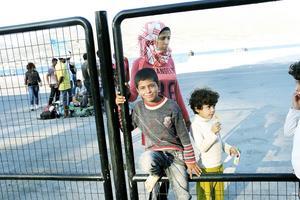 Ranim har flytt med sina fem barn från Syrien. Ahmed är 14 och Fahima sex år.