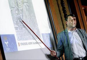 – Operatörerna har tittat på vilket koncept som passar utifrån den marknad som råder i Östersund, säger Daniel Kindberg, vd på Fältjägaren AB där samtalen om ett guldskimrande konferenshotell fortsätter.