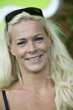 Malena Ernman sjunger i program nummer två.