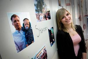 USA. Snart åker 18-åriga Sara Rutley till Usa för att hälsa på släkt och vänner.