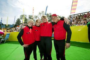 Vinnare! Sandvikens lag segrade i finalen av Postkodskampen. Från vänster Jennie Rääf, Sofia Hedqvist, Billy Rääf och lagledare Urban Rääf.