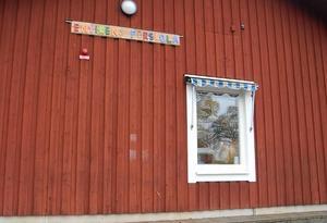 Ventilationen räcker inte på Envikens förskola. Nu finns planer på en ny storförskola som öppnar 2019.
