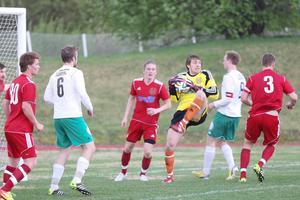 Hedes målvakt Andreas Ekberg gjorde många fina räddningar. Han var dock tvungen att ge sig en gång, vilket räckte för Alsenvinst.