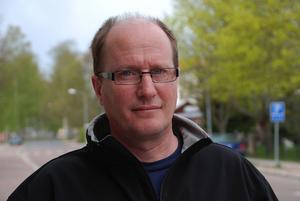 PH Sefastsson, ägare till Villa Långbers, betalar för att få sitt företagsnamn på arenan. Foto: Annki Hällberg/Arkiv