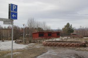 Färebyparken är folkets namn på Färilas nya marknadsplats mittemot färghandeln.