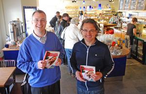 Lars Ingels och Johan Pellas tackar alla som bidragit med material till boken Leksandshistorier och hoppas på att läsarna få sig många goda skratt.